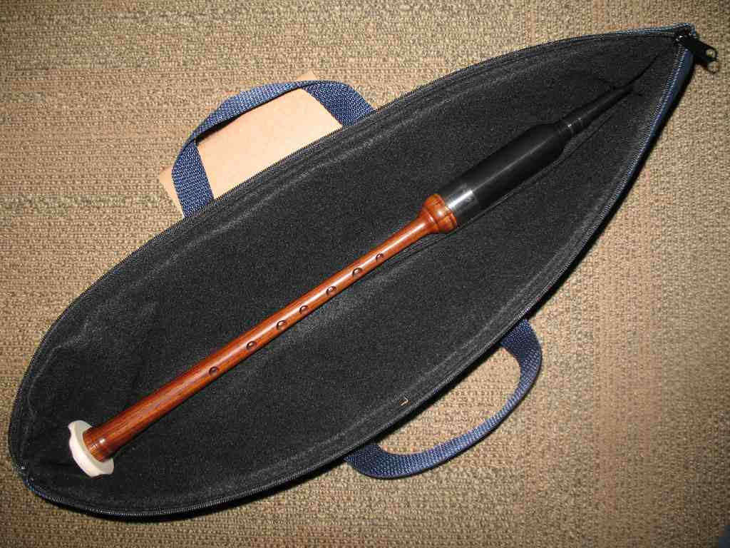 Deluxe Soft Practice Chanter Case - Click Image to Close